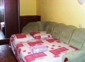 One bedroom apartment, quiet center of the park district Per