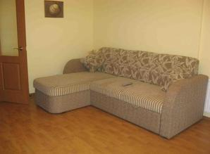 Rent one-room apartment in the heart of UAH 100. Tel: (Serge