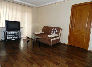 C renovated apartment located in the center of Zaporozhye -