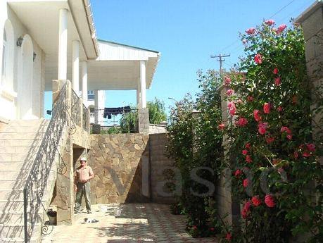 Comprare una casa ad Alba Adriatikai 3hetazhny poco costoso