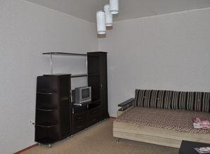 Rent 1-bedroom apartment in the center of all Chelyabinska.E