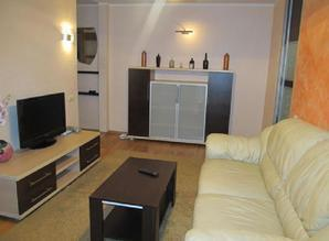 Cozy 2 bedroom apartment in Ariant. Near Med. University. Th