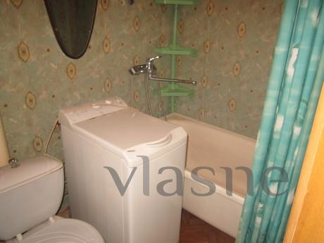 2-bedroom apartment has all the amenitie, Bakhmut (Artemivsk) - apartment by the day