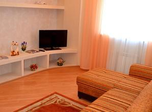 I rent an apartment and hourly in Syktyvkar. We provide apar