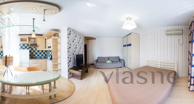 Daily / hourly apartment with design newly renovated, 1 minu