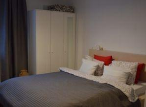 The flat is located within 7 min walk to the historical cent
