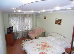 Rent 1-room apartment in the center of Botany. Crossing the
