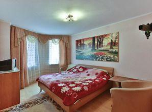 The apartment is located in the area of ​​Red Hill in the ci
