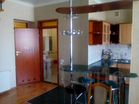 Two-level 4-room apartment in the center of Odessa, on Troit