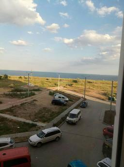 Rent an apartment by the sea!, Yuzhny - apartment by the day