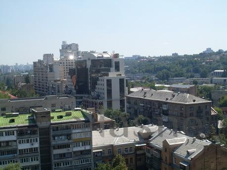 Luxury complex 'Botanic Towers', Kyiv - apartment by the day