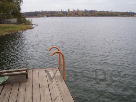 Paradise by the lake, Krivoy Rog - apartment by the day