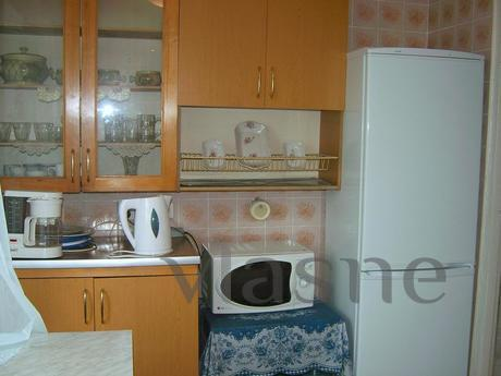 Apartment with three bedrooms, Kyiv - apartment by the day