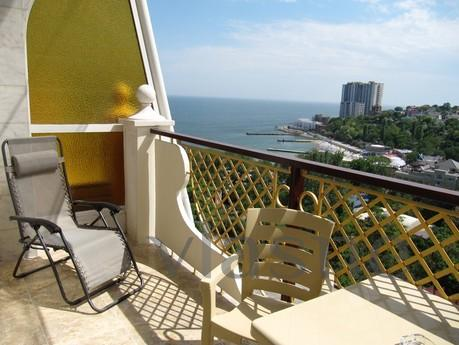 Arkady Palace Grean, by the sea, Odessa - apartment by the day