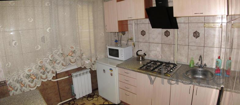Apartments in central, Krivoy Rog - apartment by the day