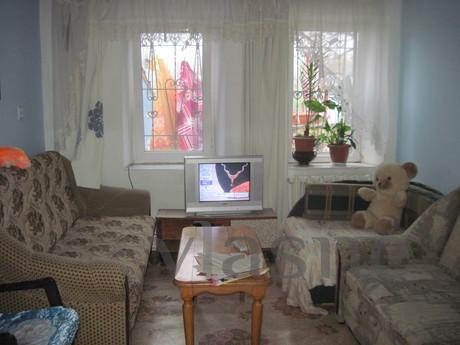 Rent a room to relax in a private home, Sevastopol - apartment by the day