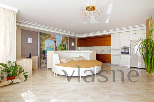Apartment by the sea, Odessa - apartment by the day