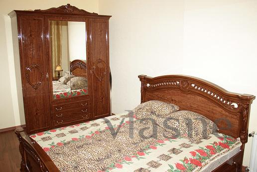 2 - bedroom apartment in Arcadia, Odessa - apartment by the day