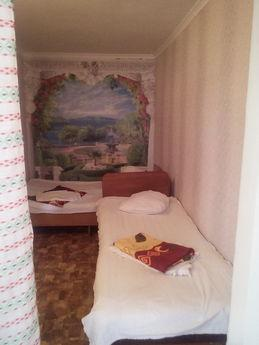 Rent a room in Skadovske, inexpensive. S, Skadovsk - apartment by the day