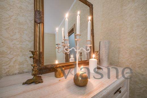 VIP 2 rooms APARTMENTS in Lviv, Lviv - apartment by the day