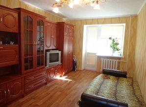 I rent one com. apartment in Makeyevka, 2  4, excellent cond