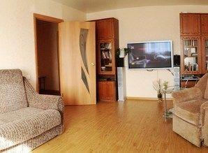 Comfortable, spacious two bedroom apartment with stunning vi