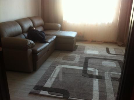 Inflow 2-bedroom apartment, Bilhorod-Dnistrovskyi - apartment by the day