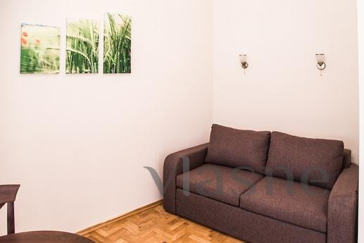 3 bedroom new apartment in the center, Lviv - apartment by the day